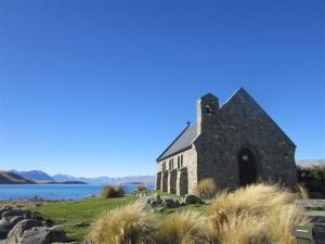 Iglesia con encanto en el lago Tekapo