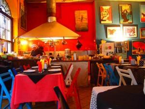 "Restaurante ""Drugstore"" en Colonia de Sacramento"