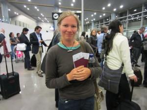 En el aeropuerto de Bogotán, con nuestras tarjetas de embarque ya