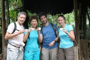 Nada como un buen café local para comenzar la excursión