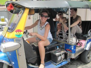 En tuktuk, el medio de transporte habitual